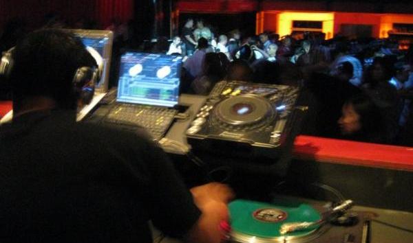 DJ Bowza